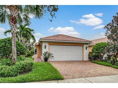 Bonita Springs Single Family Home For Sale: 15405 Queen Angel Way