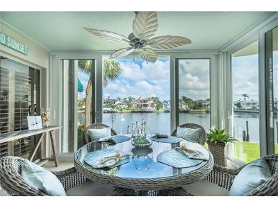 Naples Condo/Townhouse For Sale: 255 Park Shore Dr #3-311