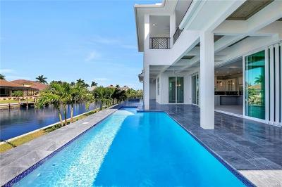Marco Island Single Family Home For Sale: 609 Hernando Dr