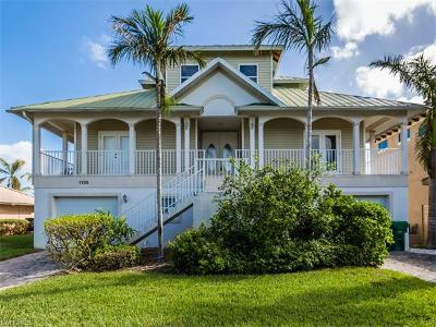Marco Island Single Family Home For Sale: 1135 Vernon Pl