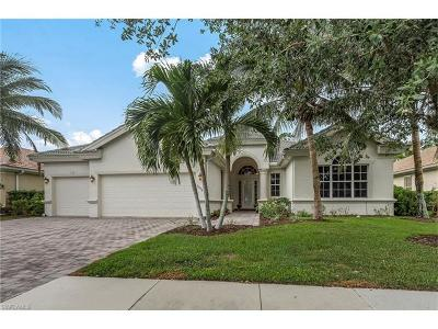 Naples Single Family Home For Sale: 15985 Delarosa Ln