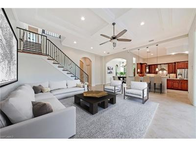 Naples Single Family Home For Sale: 2832 Coco Lakes Dr