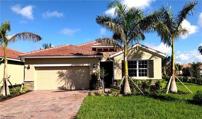Fort Myers Single Family Home For Sale: 3190 Royal Gardens Ave