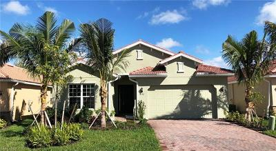 Fort Myers Single Family Home For Sale: 3196 Royal Gardens Ave