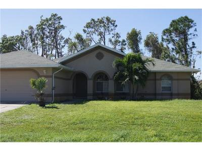 Fort Myers Single Family Home For Sale: 18004 Phlox Dr