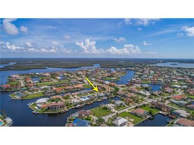 Marco Island Single Family Home For Sale: 212 Angler Ct