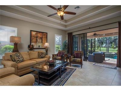 Naples Single Family Home For Sale: 7461 Moorgate Point Way