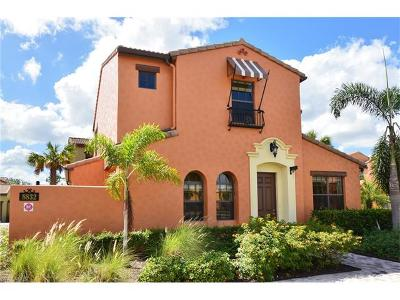 Fort Myers Condo/Townhouse For Sale: 8832 Oliveria St #9501