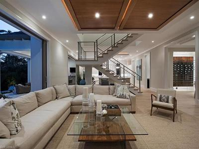 Naples Single Family Home For Sale: 2380 Lantern Ln