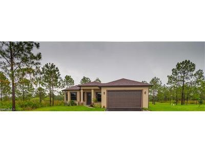 Naples Single Family Home For Sale: 2731 NE 56th Ave