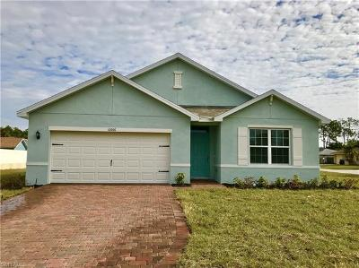 Bonita Springs Single Family Home For Sale: 10300 Windley Key Ter