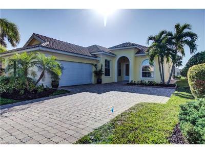 Naples Single Family Home For Sale: 7566 Garibaldi Ct