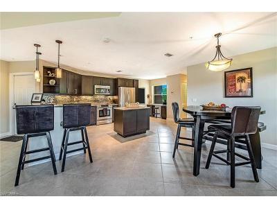 Naples Condo/Townhouse For Sale: 6610 Huntington Lakes Cir #201
