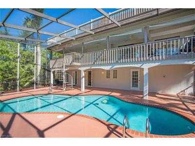 Fort Myers Single Family Home For Sale: 15500 Thory Ct