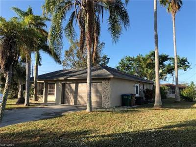 Cape Coral Single Family Home For Sale: 624 SE Santa Barbara Pl