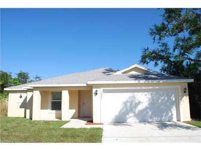 Bonita Springs Single Family Home For Sale: 4222 Springs Ln