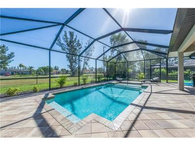 Cape Coral Single Family Home For Sale: 2733 SW 12th Ave