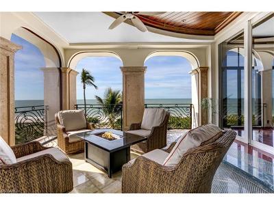 Bonita Springs Single Family Home For Sale: 110 Guadeloupe Ln