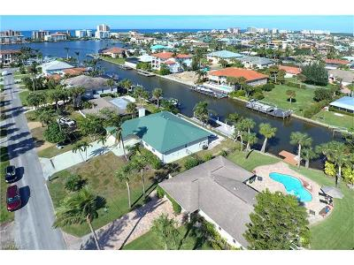 Collier County Single Family Home For Sale: 495 Pine Ave