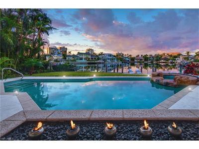 Single Family Home For Sale: 403 Neapolitan Way