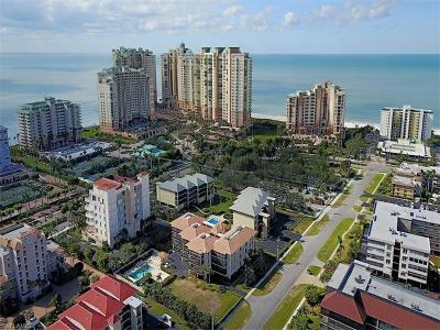 Marco Island Condo/Townhouse For Sale: 960 Swallow Ave #303