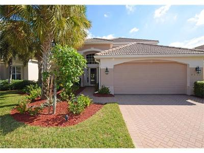 Fort Myers Single Family Home For Sale: 9031 Shadow Glen Way