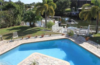 Bonita Springs Single Family Home For Sale: 206 6th St