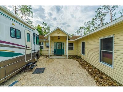 Naples Single Family Home For Sale: 6110 English Oaks Ln