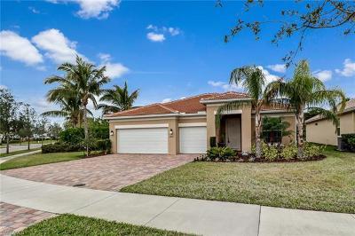 Bonita Springs Single Family Home For Sale: 28021 Tiger Barb Way