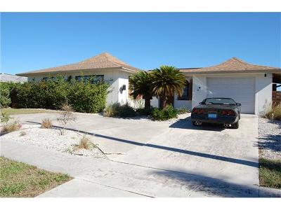 Marco Island Single Family Home For Sale: 757 NE Barfield Dr