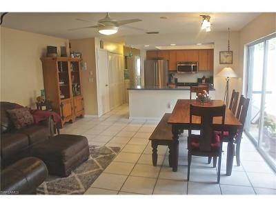 Fort Myers Condo/Townhouse For Sale: 13670 Abbey Dr #F-1