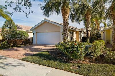Bonita Springs Single Family Home For Sale: 15395 Queen Angel Way