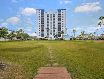 Fort Myers Beach Condo/Townhouse For Sale: 4745 Estero Blvd #104