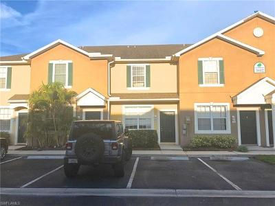 Fort Myers Condo/Townhouse For Sale: 3612 Pine Oak Cir #103