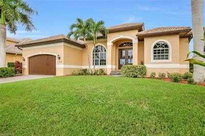 Marco Island Single Family Home For Sale: 1630 Winterberry Dr