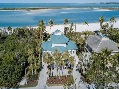 Marco Island Single Family Home For Sale: 306 Seabreeze Dr