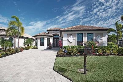 Bonita Springs Single Family Home For Sale: 23284 Salinas Way