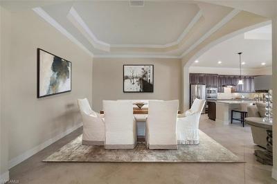 Naples Single Family Home For Sale: 12716 Kinross Ln