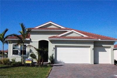 Cape Coral Single Family Home For Sale: 2892 Sunset Pointe Cir