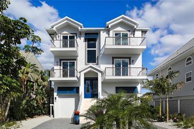 Bonita Springs Single Family Home For Sale: 27863 Hickory Blvd