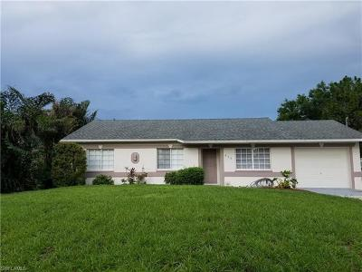 Naples FL Single Family Home For Sale: $247,900