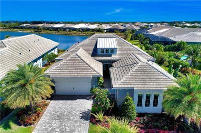 Naples Single Family Home For Sale: 5072 Martinique Dr