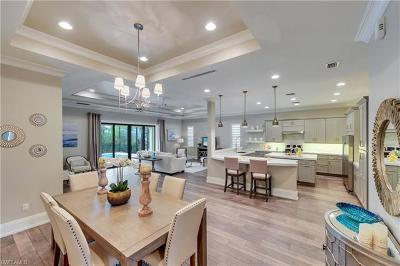 Naples Single Family Home For Sale: 2867 Coco Lakes Dr
