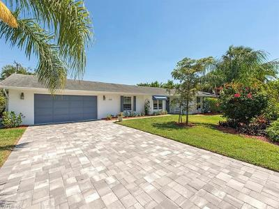 Naples Single Family Home For Sale: 334 Burning Tree Dr