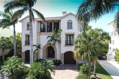 Bonita Springs Single Family Home For Sale: 195 Topanga Dr