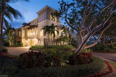 Marco Island Single Family Home For Sale: 710 E Hideaway Cir
