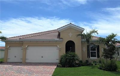 Cape Coral Single Family Home For Sale: 3001 Sunset Pointe Cir