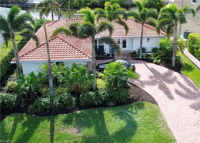 Naples FL Single Family Home For Sale: $1,050,000