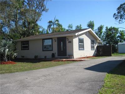 Naples FL Single Family Home For Sale: $249,500