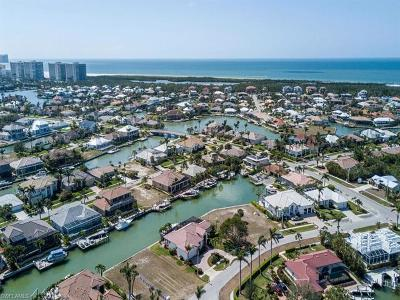 Marco Island Single Family Home For Sale: 449 Richards Ct